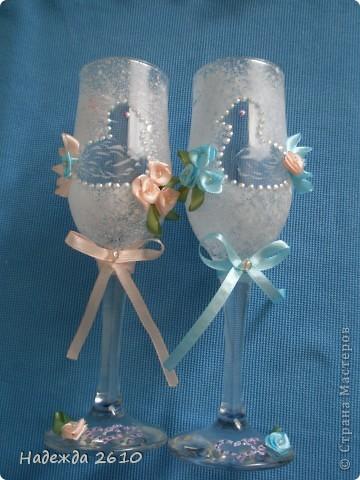 Эти бокалы были подарены моей подруге на годовщину свадьбы, т.к. сама не успела сфотографировать, фотография одна, за то КАКАЯ... фото 2