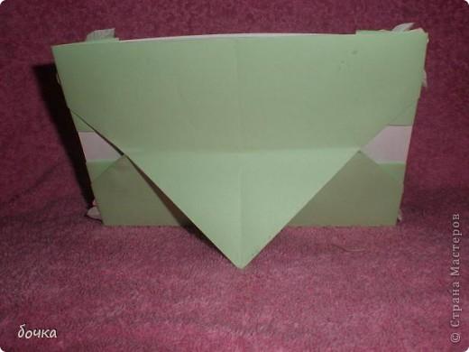 Фоторамка делается очень просто, ее легко смогла сделать моя пятилетняя дочь. Украшала рамку конечно я. Розочки делала по МК   Elena.ost http://stranamasterov.ru/node/152226, за что ей большое спасибо!   фото 2