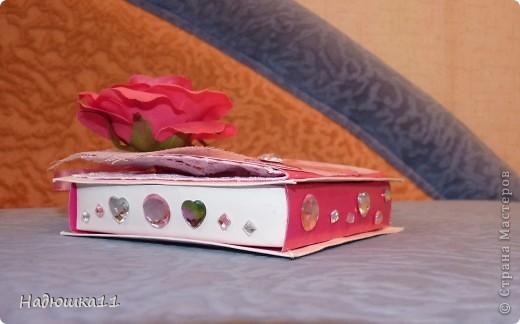 Свадьба у подруги приближается! Подарки принимаются только в денежном виде (нас заранее предупредили). Сначала будет шуточный подарок-сувенир, который я уже показывала http://stranamasterov.ru/node/364621, а потом вот этот: фото 3