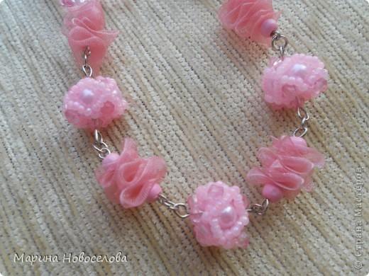Купила в магазине 2 бабочки - одну насыщенного розового цвета, вторую - бледно-розовую. Долго лежали, и наконец я решила что с ними можно сделать. фото 8