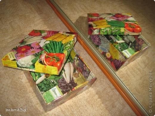 Коробка для хранения семян. Каждый раз, перебирая семена, ужасаюсь страшненькой коробочке в которой они хранятся. Порой семеня валяются где придется, перетянутые резинкой или завернуты в газетный обрывок.  Когда я, в преддверии посадочного сезона, не нашла очередные семена дома (точно знаю, что были!), то подумала - всё! Пора что-то с ними делать!  И сделала: фото 1