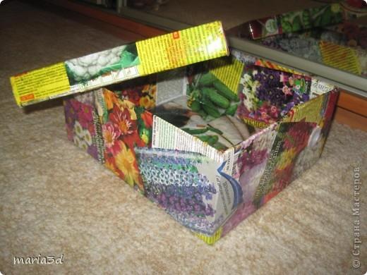 Коробка для хранения семян. Каждый раз, перебирая семена, ужасаюсь страшненькой коробочке в которой они хранятся. Порой семеня валяются где придется, перетянутые резинкой или завернуты в газетный обрывок.  Когда я, в преддверии посадочного сезона, не нашла очередные семена дома (точно знаю, что были!), то подумала - всё! Пора что-то с ними делать!  И сделала: фото 13