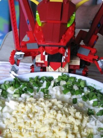 Вот такой замечательный салатик у нас получился. Вкусный и питательный. фото 1