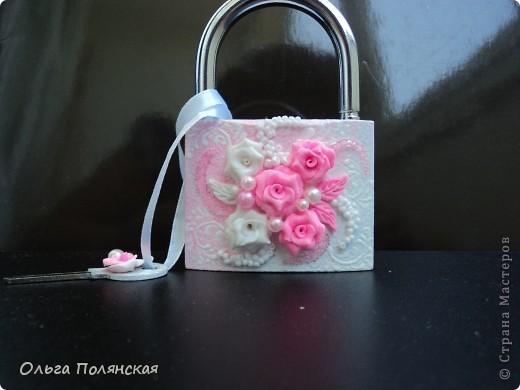 Девочки, здравствуйте!!! Давно не выставляла свои работы, хочу показать повторюшки на свои работы, только в другом цвете.  Замочек такой делала в красном цвете. http://stranamasterov.ru/node/326162   фото 1