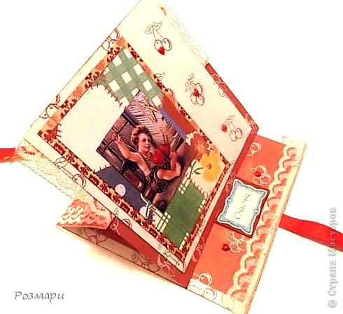 Начну с открытки. Преобрела замечательные набор бумаги, теперь скраплю и не могу остановиться))) фото 2