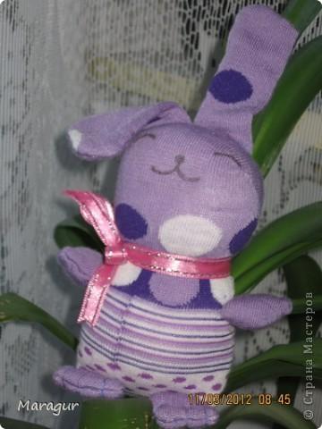 Это зайцы и коты из носков. делала на ярмарку:))) для дочки -первоклашки.  фото 3
