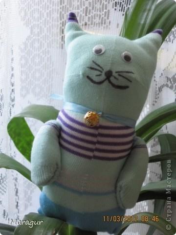 Это зайцы и коты из носков. делала на ярмарку:))) для дочки -первоклашки.  фото 4