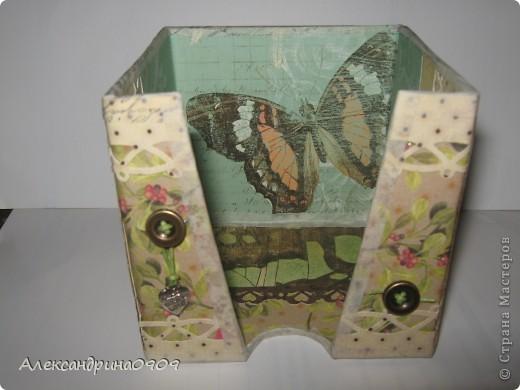 Вот такая коробочка под блок для записи. фото 1