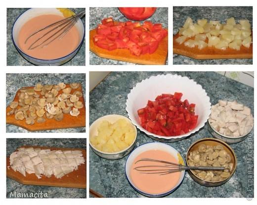 """Салат получается бесподобно вкусный и совершенно легкий. Съесть его можно сколько угодно… Когда я делаю этот салат, то могу им позавтракать, пообедать и поужинать!, если конечно, мне позволят мои домочадцы, уж слишком высока конкуренция :) На фото двойная порция (жду в гости подружку - ценителя моего салатика). Поставлю в холодильник до прихода ценительницы. Украшать салат буду """"сеточкой"""" из майонеза и кетчупа непосредственно перед подачей на стол. Итак приступим… фото 3"""