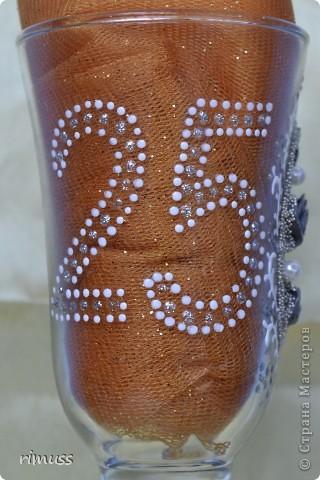 доброго времени суток всем! заказали мне бокалы на годовщину свадьбы с дизайном как у Ирины И. , уж простите меня за это! что получилось , судить вам!  фото 3