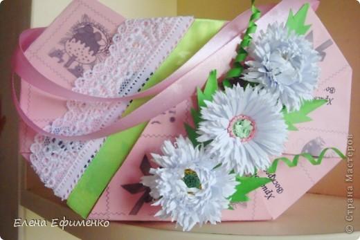 Это мои первые цветочки из салфеток (делала по МК Марии Кац). Поделку делала сынуле в садик. Надо было сделать цветы из бумаги- на помощь пришла Страна мастеров. Зашла и застряла.... фото 4