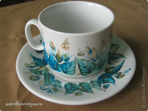 Мой первый опыт в росписи фарфорового белья. Блин немножко комом, однако я так люблю синий цвет! фото 3