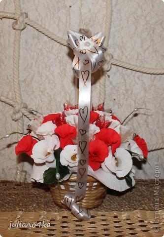 Тут и бантик,и конфетки одинаковые)))и листочки)))))(пришлось разорить искуственные цветы)) фото 2