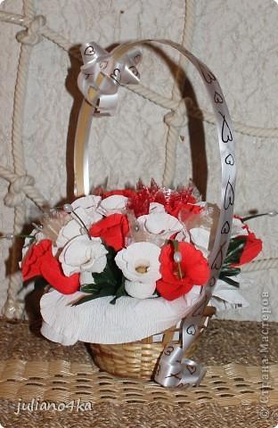 Тут и бантик,и конфетки одинаковые)))и листочки)))))(пришлось разорить искуственные цветы)) фото 4