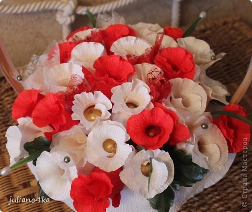 Тут и бантик,и конфетки одинаковые)))и листочки)))))(пришлось разорить искуственные цветы)) фото 5