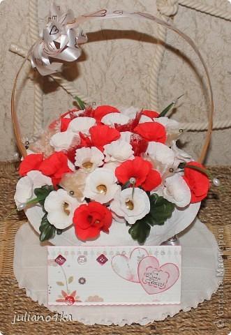 Тут и бантик,и конфетки одинаковые)))и листочки)))))(пришлось разорить искуственные цветы)) фото 6