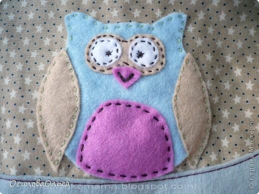 Мне очень нравится  замечательный блог Елены Гришиной. Она шьет потрясающие сумки ( и не только), там же есть и мастер-классы. Вот хороший мастер класс по пошиву косметички: http://dushechki.blogspot.com/2012/02/blog-post_2481.html#more  По нему я и сшила вот такую: фото 2