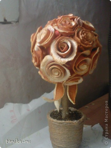 Розочки из апельсиновой кожуры делала по подсказке с этой странички http://stranamasterov.ru/node/95371. СПАСИБО ЗА ИДЕЙКУ!!! Кстати, розы заготавливала зимой, а они до сих пор пахнут )))) фото 4