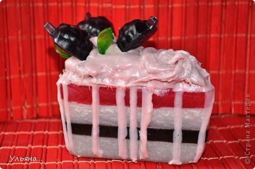 """Я не знаю как Вам,а мне всегда летом хочется творить(или вытворять))всякие сладости-вот решила сделать """"пироженое"""",и заодно решила сфотографировать процесс работы. фото 1"""