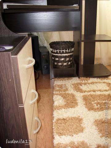 мусорка под письменный стол фото 5