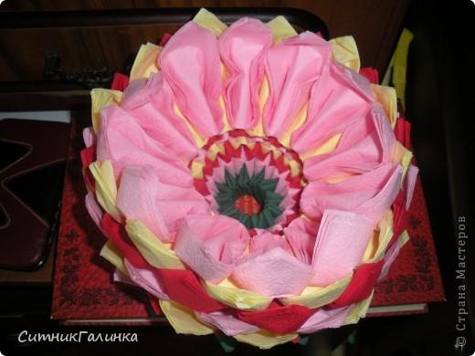 Цветок из салфеток фото 2