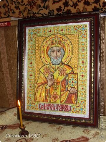 Я за вышивкой иконы Святой Троицы фото 8