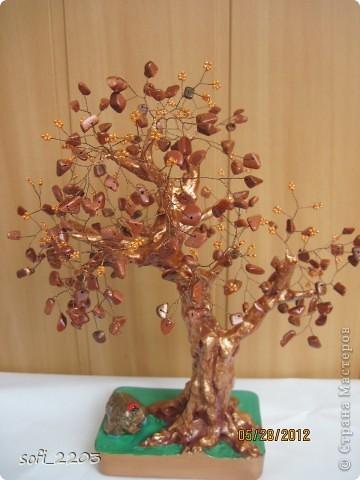 """Еще одно мое дерево из каменной крошки """"авантюрин"""". Этот крошка  очень красивая,  в середине  с блестками, но  на фото не очень видно . фото 2"""