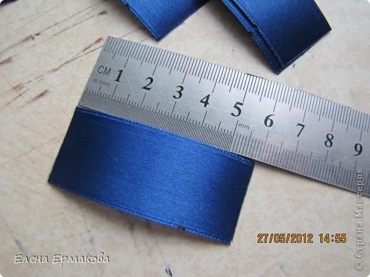Диаметр 15 см. Изготавливаем из ленты шириной 2,5 см. фото 2