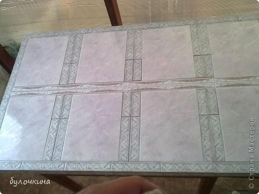 Из старой двери,вместе с мужем, сделали стол.Жить этот стол будет на веранде,на даче. фото 3