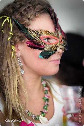 """Маска """"Нос турка"""", основа - папье-маше, декор - акриловые краски, кракелюр, пастель, тесьма фото 13"""