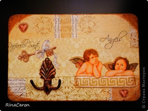 "Ключница ""Ангелы Рафаэля"" и  шкатулка под запасные ключи фото 2"