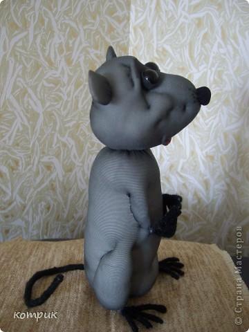 Крысик получился совершенно спонтанно!)))))Хотела сшить Мышиного короля... фото 2