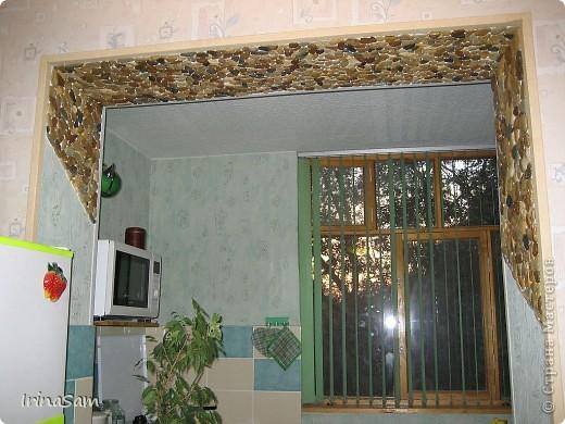 Приглашаю всех прогуляться по моей квартирке, в которой все делали сами, и которую, к сожалению, пришлось оставить - переехали мы. Идеей поделилась моя любимая подружка, правда, у меня не так масштабно  http://stranamasterov.ru/node/37366 . фото 1