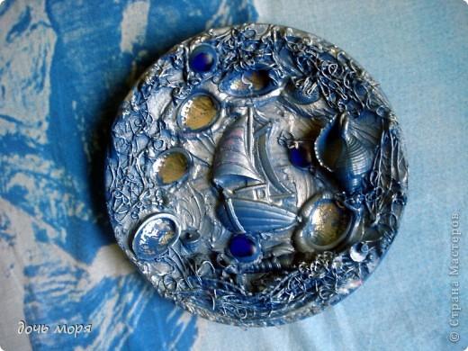 Тарелочка-панно. Спасибо Миколаевне и ее сестре Наталье за идею с тарелочками. http://stranamasterov.ru/user/180042. Теперь это не тарелка для супа, а панно.  фото 2