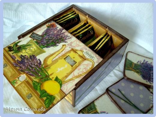 В набор входят: часики из виниловой пластинки, чайный короб и пробковые подставки. фото 5