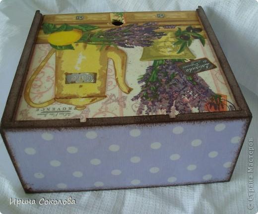 В набор входят: часики из виниловой пластинки, чайный короб и пробковые подставки. фото 6