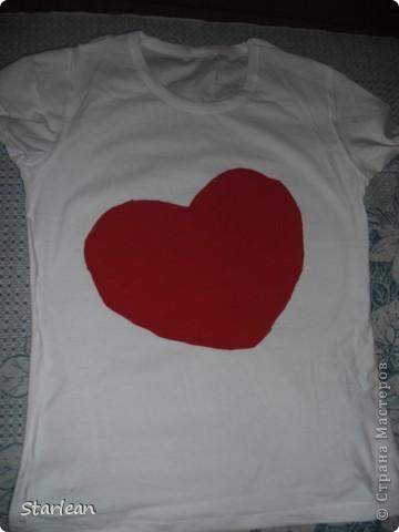 футболка с сердечком фото 4