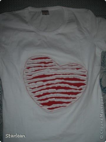 футболка с сердечком фото 1