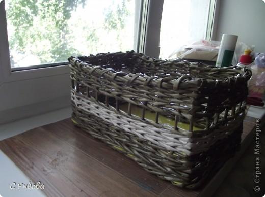 Мои первые пробы плетения больших предметов. Это коробочка для медикаментов( их всегда много собирается, особенно после приезда мамы) фото 1