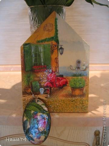 Салфетка, подрисовка, яичная скорлупа и многоооо слоев лака)) фото 1