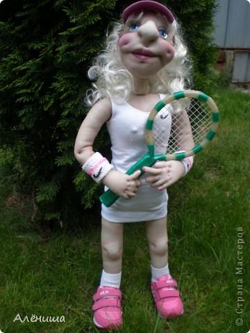 Вот такая Маша у меня получилась. Рост 70 см. Скоро будет подарена на День рождения солидному дяденьке - тренеру по теннису фото 1