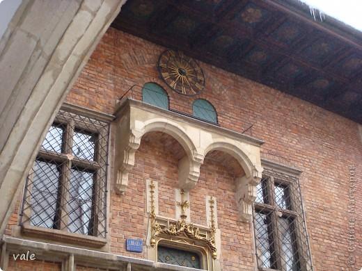 К сожалению, в Европе я была только один раз. Конечно, хотелось бы съездить еще, чтобы посмотреть и другую архитектуру, к примеру южной Европы. В этом репортаже, в основном, средневековая архитектура. Сначала фотографии из Кракова (Польша).  Это замок. фото 8