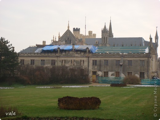 К сожалению, в Европе я была только один раз. Конечно, хотелось бы съездить еще, чтобы посмотреть и другую архитектуру, к примеру южной Европы. В этом репортаже, в основном, средневековая архитектура. Сначала фотографии из Кракова (Польша).  Это замок. фото 9