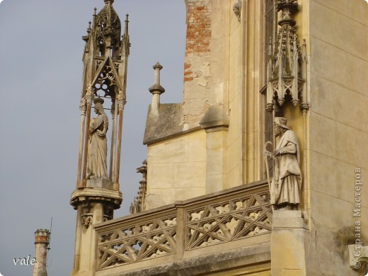 К сожалению, в Европе я была только один раз. Конечно, хотелось бы съездить еще, чтобы посмотреть и другую архитектуру, к примеру южной Европы. В этом репортаже, в основном, средневековая архитектура. Сначала фотографии из Кракова (Польша).  Это замок. фото 11