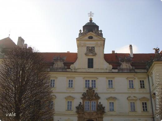 К сожалению, в Европе я была только один раз. Конечно, хотелось бы съездить еще, чтобы посмотреть и другую архитектуру, к примеру южной Европы. В этом репортаже, в основном, средневековая архитектура. Сначала фотографии из Кракова (Польша).  Это замок. фото 13