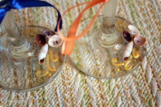 """Второй пост посвящен более привычному для меня занятию - декупажу и декору свадебного набора.Начало истории  http://stranamasterov.ru/node/371347#comment-4261720. Это """"жильцы"""" свадебного стола молодых. почти в полном сборе. фото 3"""