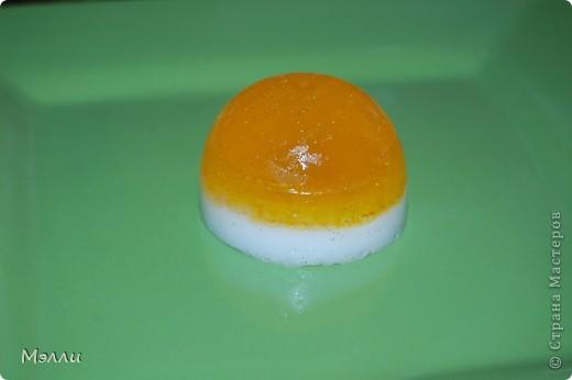 Это мыло делалось на конкурс, и, несмотря на его кажущуюся простоту, повозилась я с ним изрядно! :)) фото 5