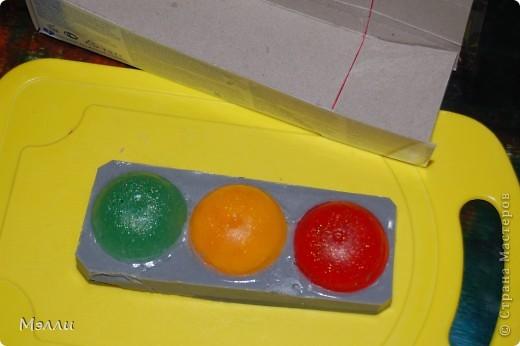 Это мыло делалось на конкурс, и, несмотря на его кажущуюся простоту, повозилась я с ним изрядно! :)) фото 10