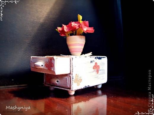 тумбочка из спичечных коробочков