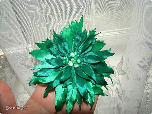 Вот такой цветочек я решила сделать племяшке в лагерь на море! Мне он чем то на герберу похож?!лепесточки специально делала разноцветные - лето на носу! фото 3